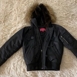 Gorgeous Juicy couture puffer jacket in black